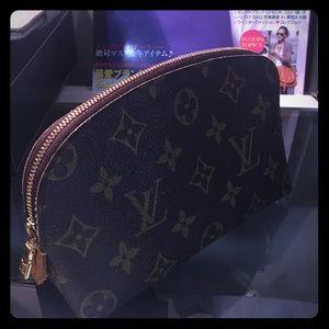 Authentic Louis Vuitton make up pouch